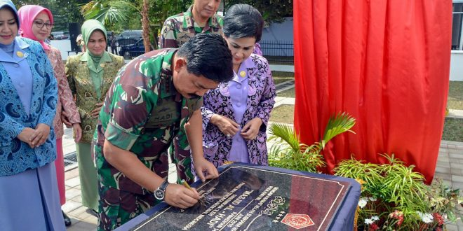 Panglima TNI Resmikan Masjid Al Hadi Lanud Adi Sucipto